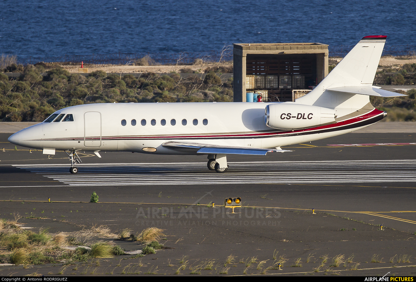NetJets Europe (Portugal) CS-DLC aircraft at Las Palmas de Gran Canaria