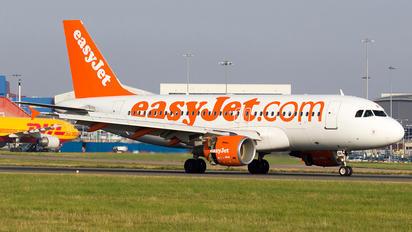 G-EZBK - easyJet Airbus A319