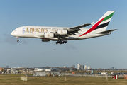 First commercial flight of the 615 seats 2-class Emirates A380 title=