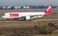 F-WZFS - TAM Airbus A350-900 aircraft