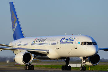 P4-GAS - Air Astana Boeing 757-200WL