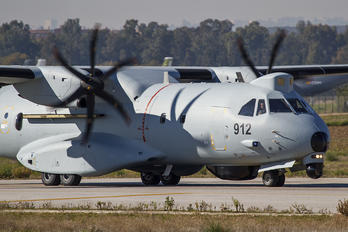 912 - Oman - Air Force Casa C-295M