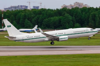 HZ-102 - Saudi Arabia - Government Boeing 737-800 BBJ