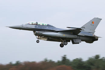 FB-18 - Belgium - Air Force General Dynamics F-16B Fighting Falcon