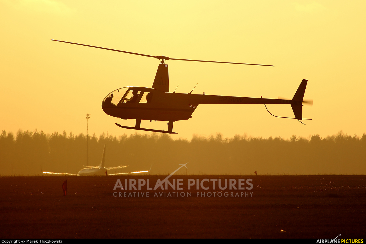 Salt Aviation SP-SVW aircraft at Modlin