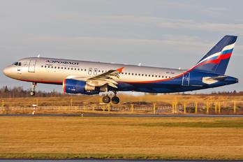 VP-BID - Aeroflot Airbus A320
