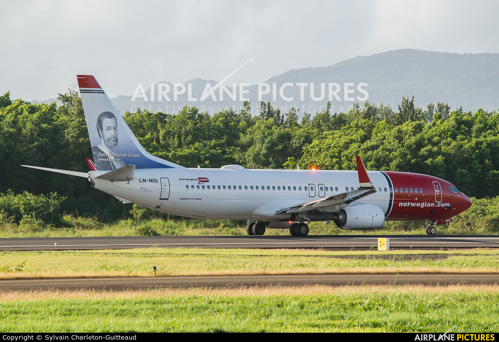 Norwegian Air Shuttle LN-NIG aircraft at Martinique - Aimé Césaire