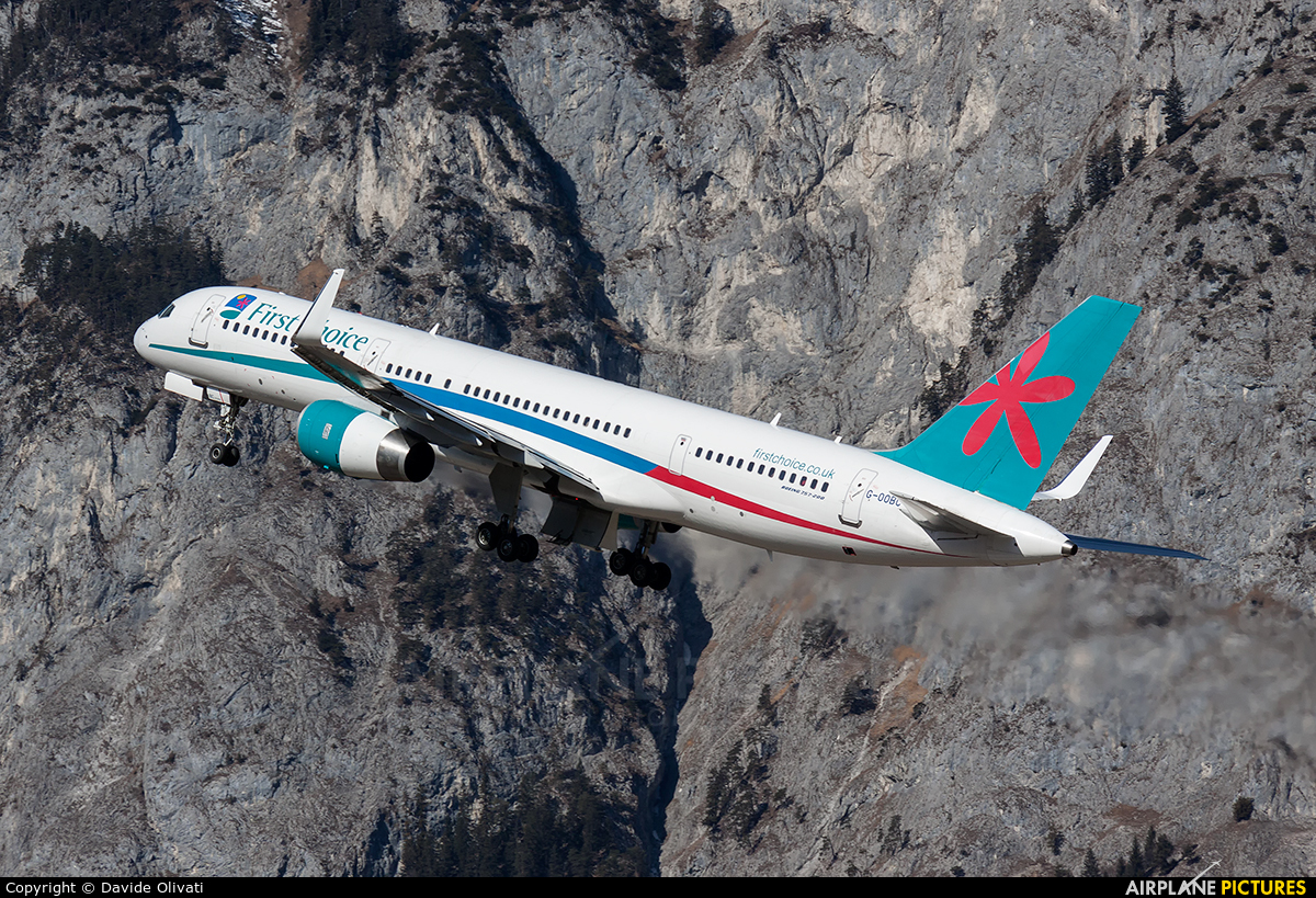 First Choice Airways G-OOBC aircraft at Innsbruck