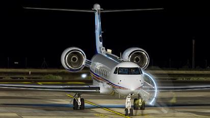 N300A - Private Gulfstream Aerospace G-V, G-V-SP, G500, G550