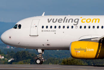 EC-LZF - Vueling Airlines Airbus A320