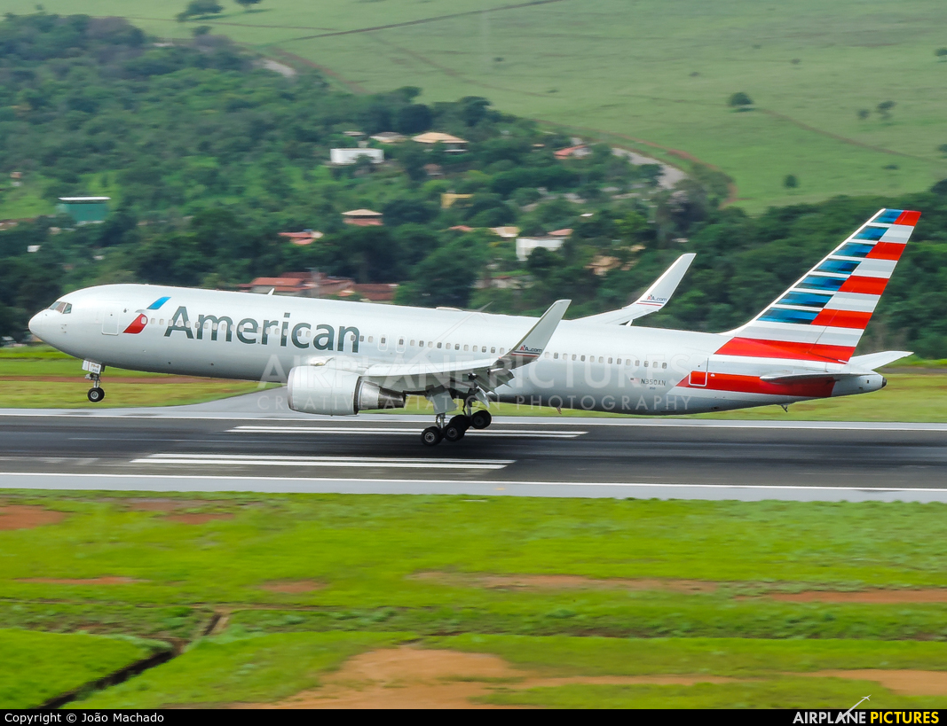 American Airlines N350AN aircraft at Belo Horizonte - Tancredo Neves