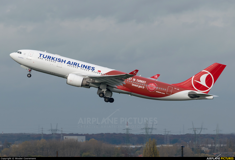 Turkish Airlines TC-JIZ aircraft at Brussels - Zaventem