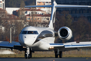 OE-LII - Avcon Jet Bombardier BD-700 Global 6000