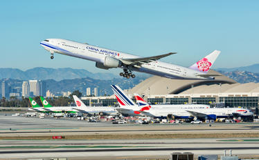 B-18052 - China Airlines Boeing 777-300ER