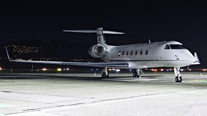 M-ONEM - Private Gulfstream Aerospace G-V, G-V-SP, G500, G550