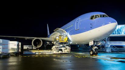 D-ATYG - TUIfly Boeing 767-300ER