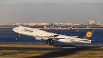 Lufthansa D-ABYH image