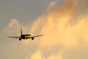 G-MEDL - British Airways Airbus A321