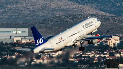 OY-KAR - SAS - Scandinavian Airlines Airbus A320