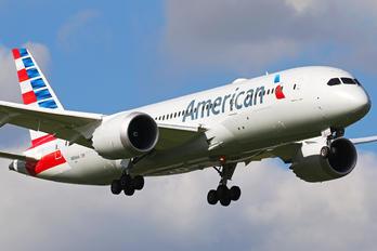 N806AA - American Airlines Boeing 787-8 Dreamliner