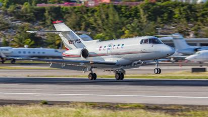 N867QS - Netjets (USA) Raytheon Hawker 800XP