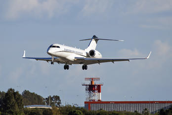 N588MM - Private Bombardier BD-700 Global Express