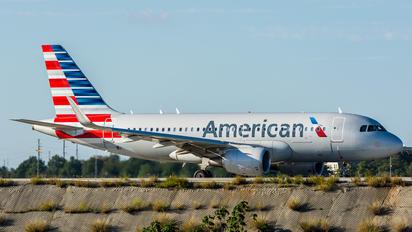 N8001N - American Airlines Airbus A319