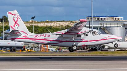 J8-PUG - Mustique Airways Aero Commander 500