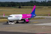 HA-LYQ - Wizz Air Airbus A320 aircraft