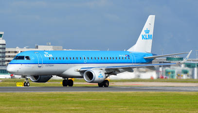 PH-EXA - KLM Cityhopper Embraer ERJ-190 (190-100)