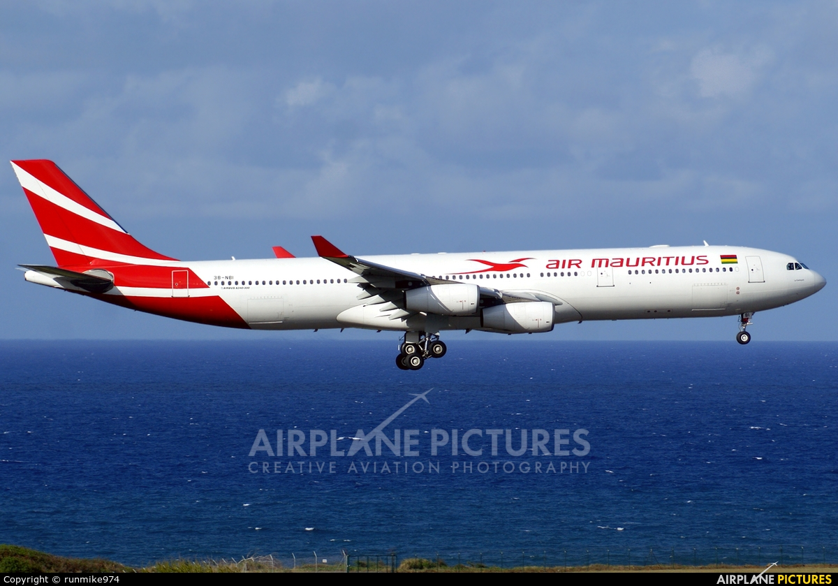 Air Mauritius 3B-NBI aircraft at Roland Garros - Saint-Denis