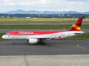 PR-ONK - Avianca Brasil Airbus A320