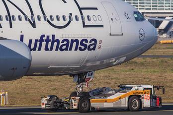 D-AIGW - Lufthansa Airbus A340-300