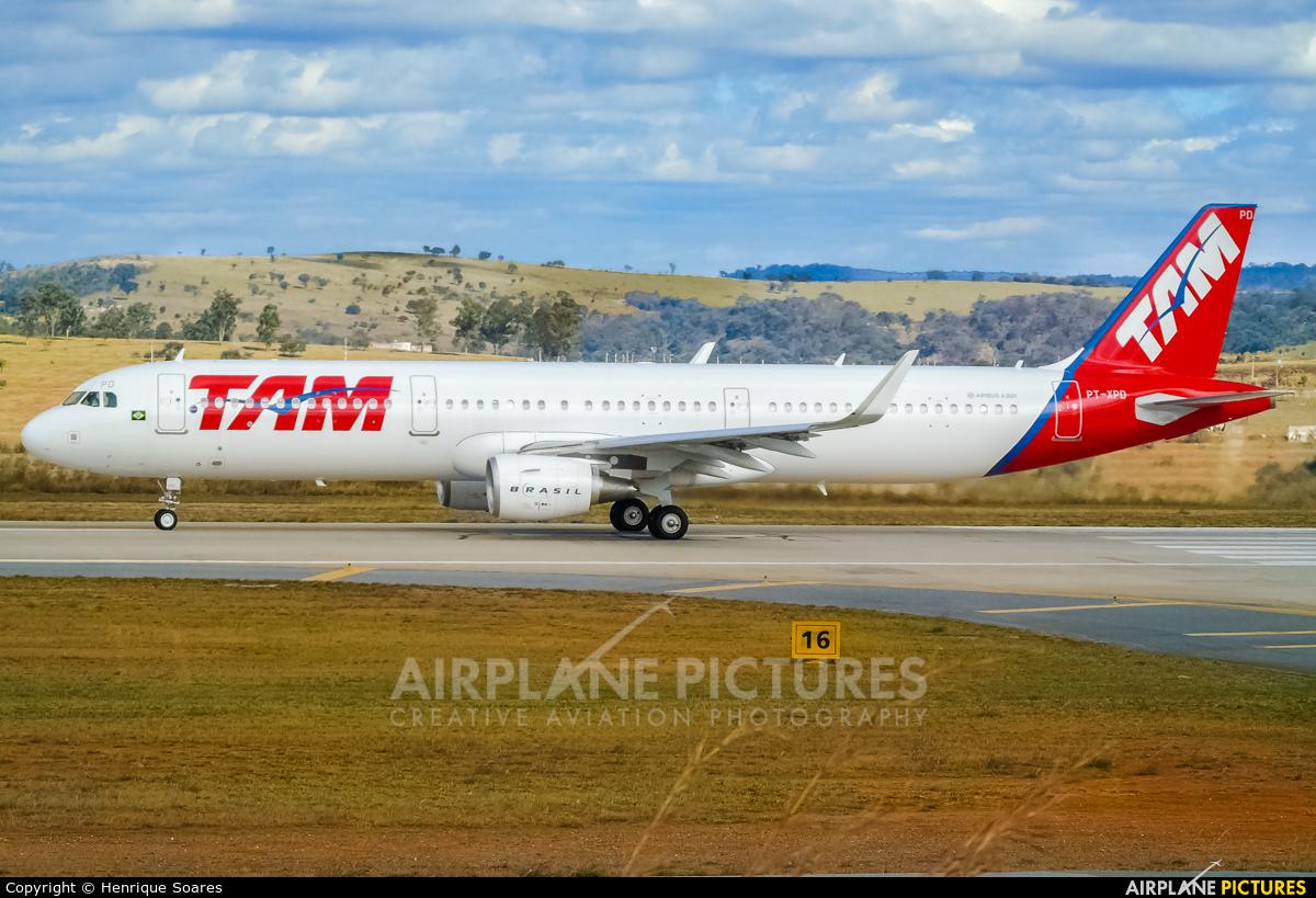 TAM PT-XPD aircraft at Belo Horizonte - Tancredo Neves