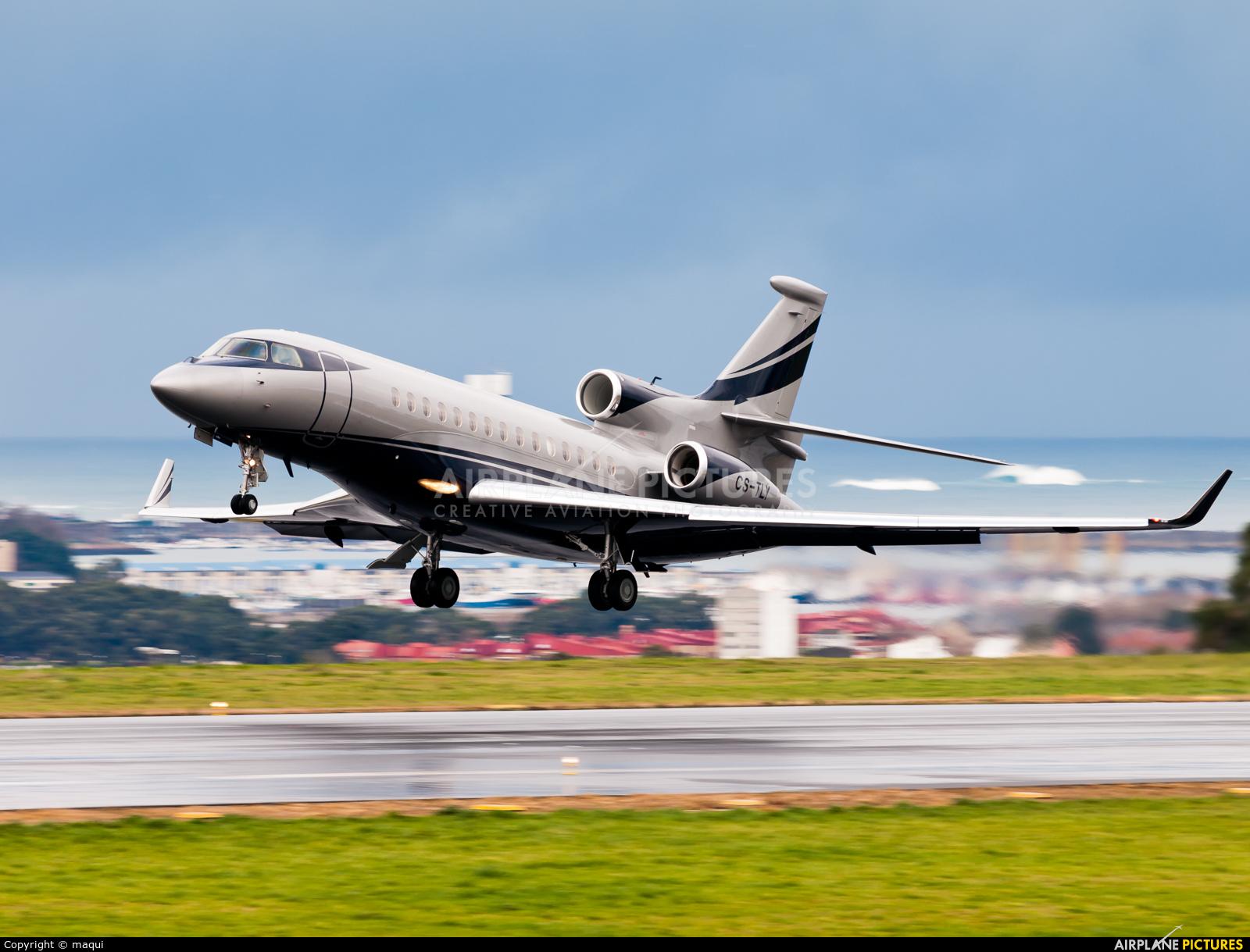 Private CS-TLY aircraft at La Coruña