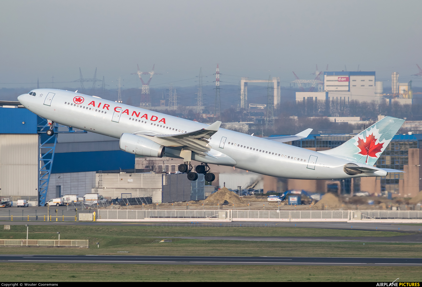 Air Canada C-GHKR aircraft at Brussels - Zaventem