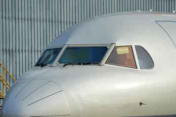 - - Private Fokker 100