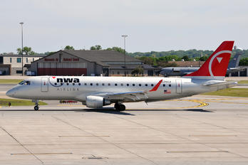 N625CZ - Northwest Airlink Embraer ERJ-170 (170-100)