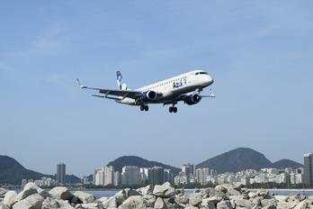 PP-PJV - Azul Linhas Aéreas Embraer ERJ-190 (190-100)