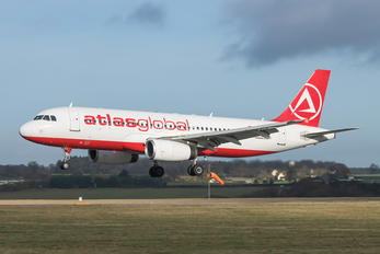 TC-ATM - Atlasglobal Airbus A320