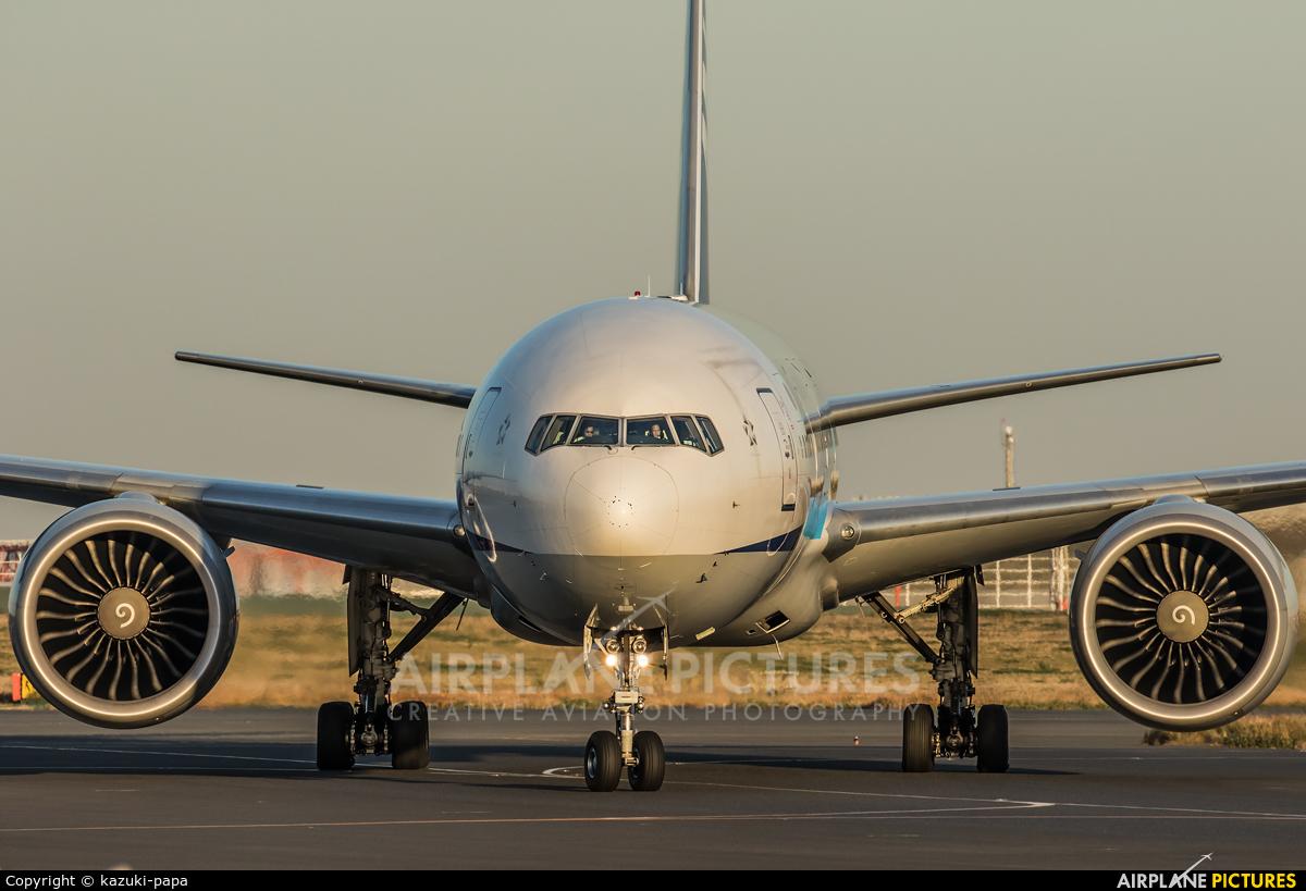 ANA - All Nippon Airways JA787A aircraft at Tokyo - Haneda Intl