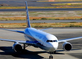 JA616A - ANA - All Nippon Airways Boeing 767-300