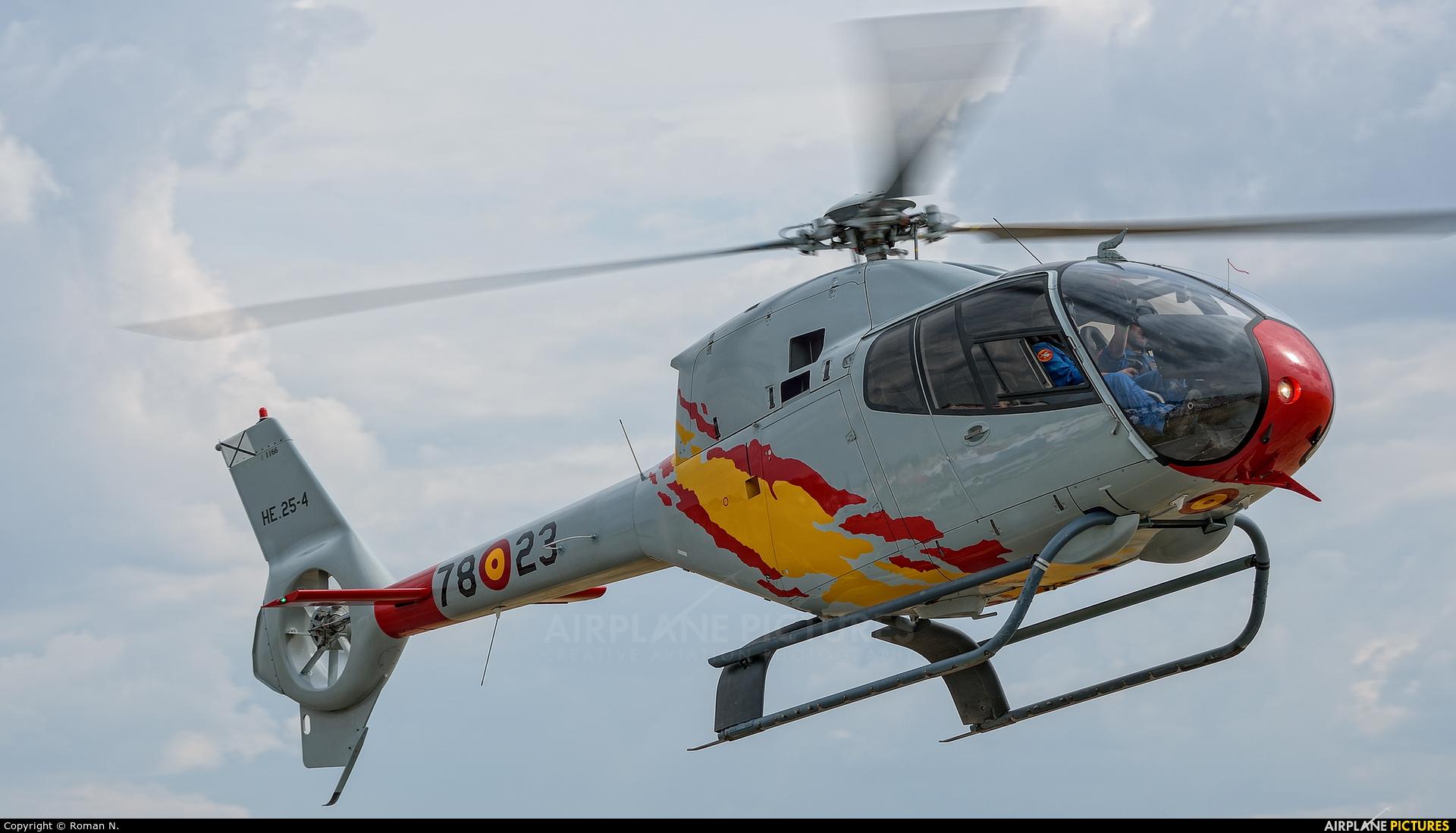 Spain - Air Force: Patrulla ASPA HE.25-4 aircraft at Radom - Sadków