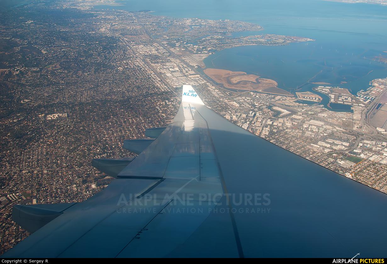 KLM PH-AOE aircraft at Off Airport - California