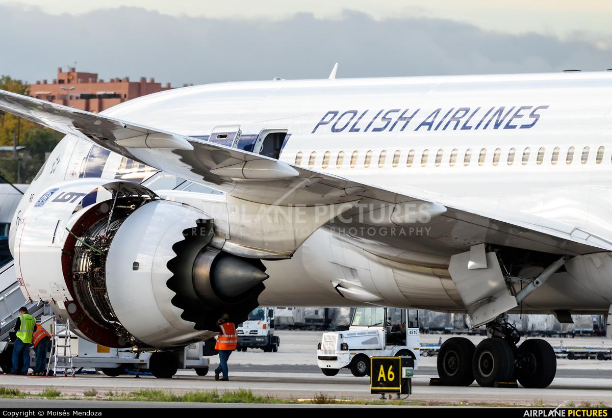LOT - Polish Airlines SP-LRF aircraft at Madrid - Barajas