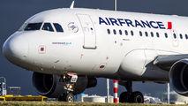 F-GUGD - Air France Airbus A318 aircraft