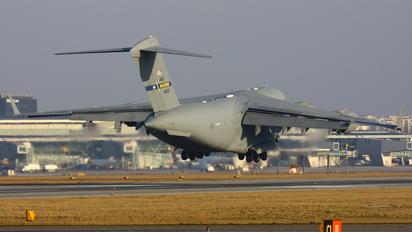 04-4133 - USA - Air Force Boeing C-17A Globemaster III
