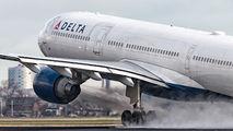 N818NW - Delta Air Lines Airbus A330-300 aircraft