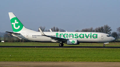 PH-HZJ - Transavia Boeing 737-800