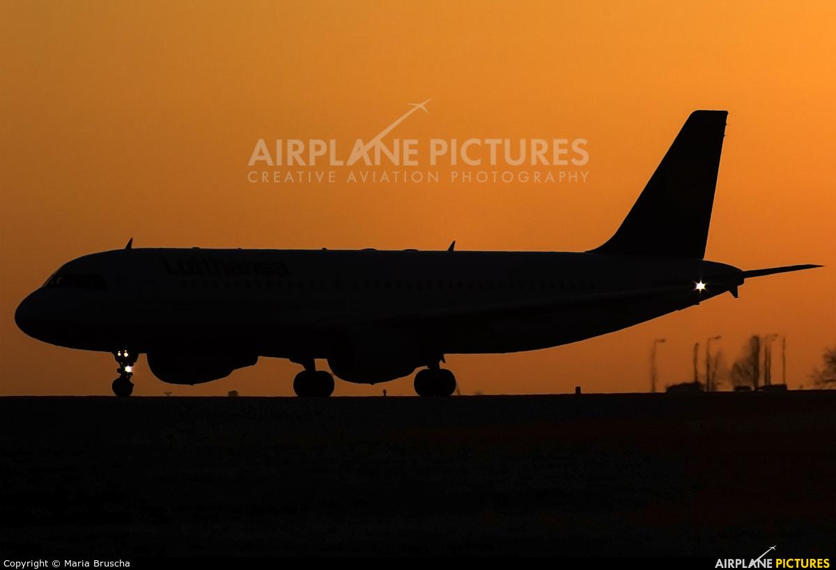 Lufthansa D-AIPB aircraft at Budapest Ferenc Liszt International Airport